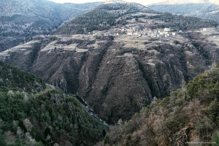 Z Madonny di Campiglio na przełęcz Tonale.