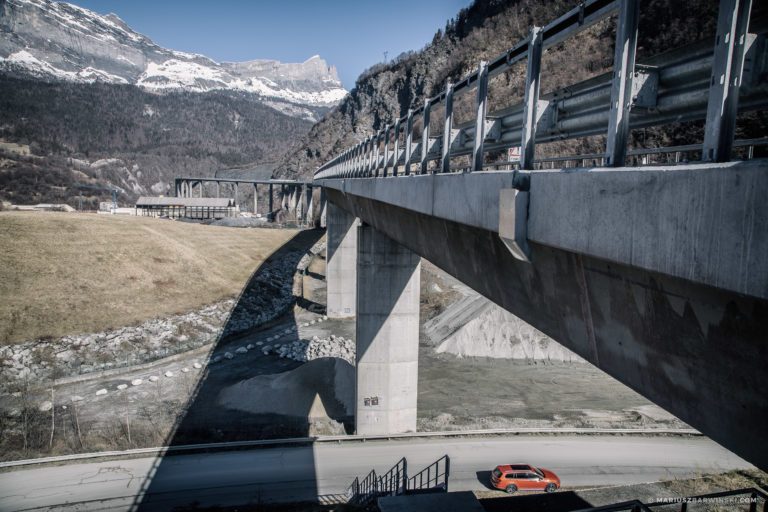 Z Aosty do Beauford przez Tunel pod Mont Blanc.