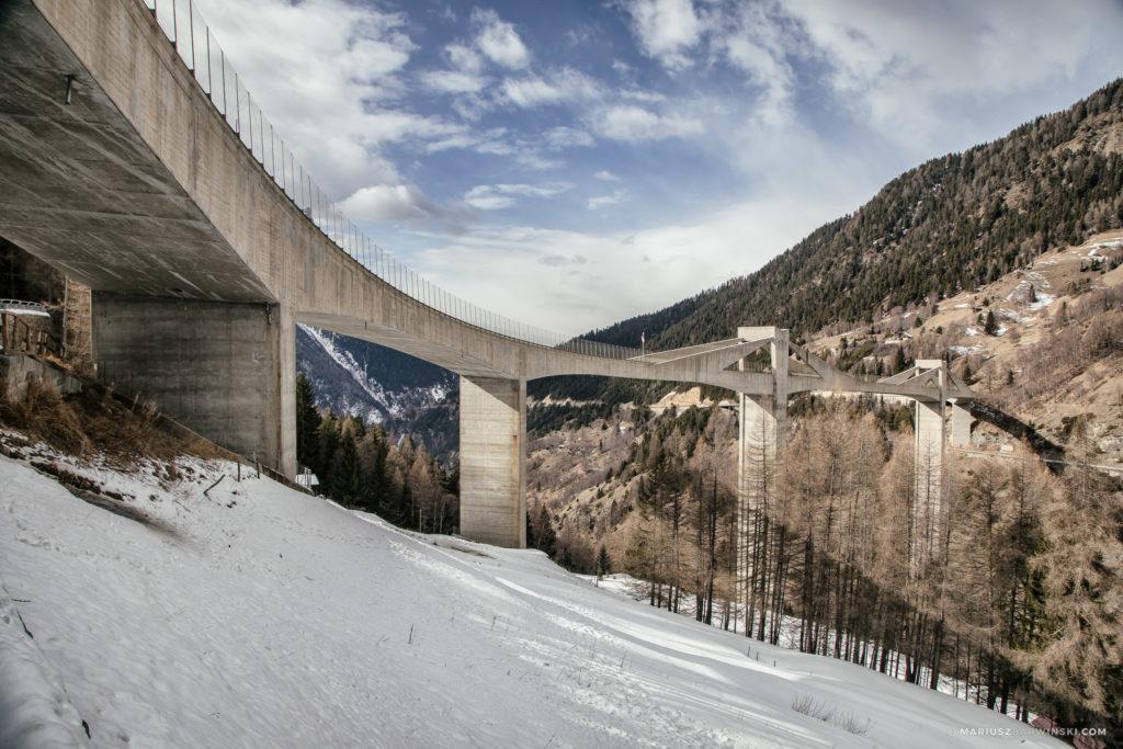 Przełęcz i wiadukt Simplon.