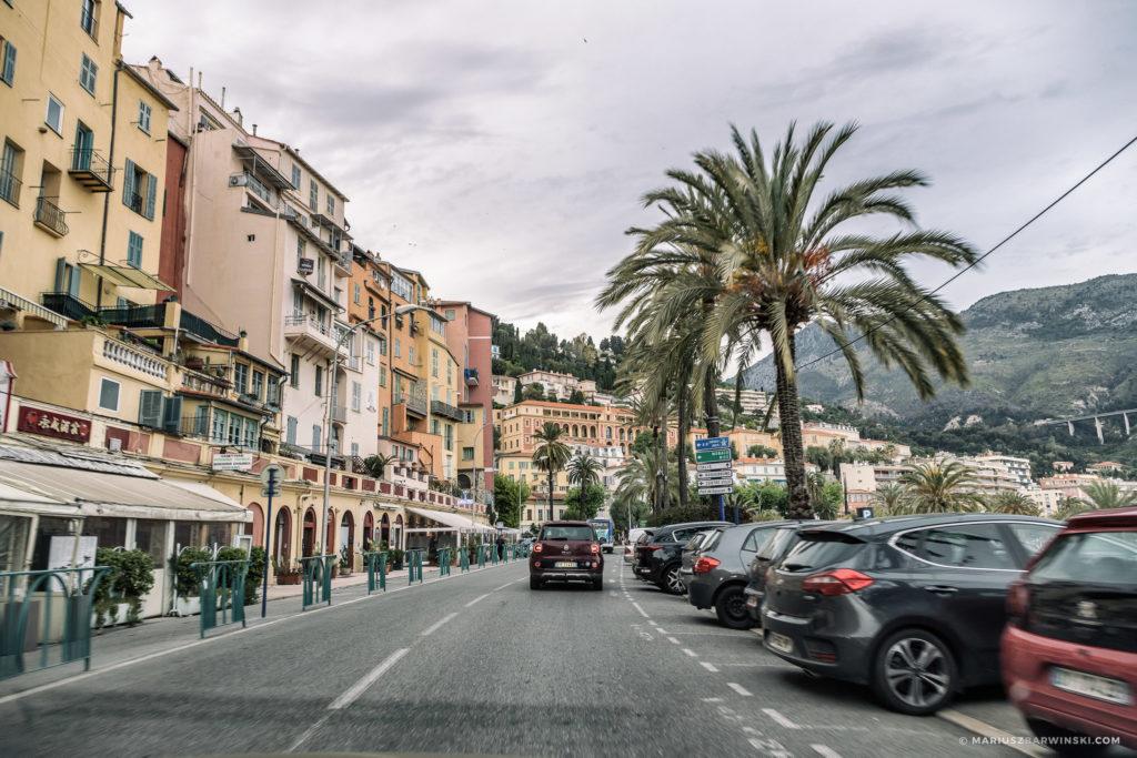 Jak na Rajdzie Monte Carlo.